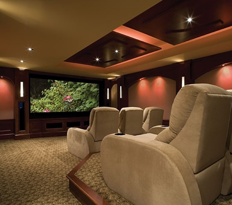 في بيتنا سينيما...!! 468_1266310009.jpg